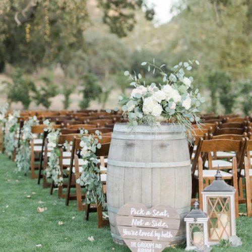 Wedding barrel decor